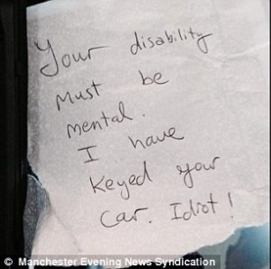 2B15604500000578-3196808-Furious_This_is_the_angry_note_left_by_an_anonymous_motorist_on_-m-6_1439484516056