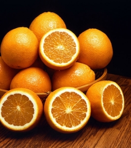 548773-orange-allergy-symptoms